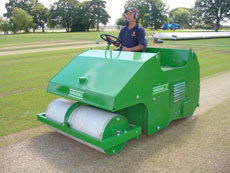 Poweroll 15 Cricket Roller